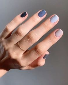 For spring the more nail polish colors you wear, the better. Here's how to wear different color nails, gradient nails, multicolored nails, and mismatched nails for spring – nails. Hot Nails, Hair And Nails, S And S Nails, Nagel Stamping, Multicolored Nails, Colorful Nails, Different Color Nails, Two Color Nails, Two Toned Nails