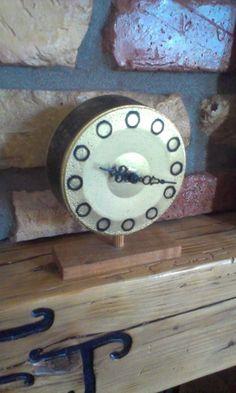 Concrete clock AF