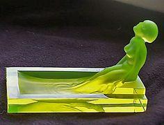 Excellent Desna Bathing Nude Female Art Deco Vaseline Bohemian Glass Figure
