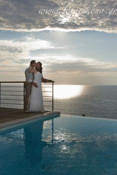 A sunset wedding photography and wedding photos Milos Bay #Lefkas #Ionian #Greece #wedding #weddingdestination Eikona Lefkada Stavraka Kritikos