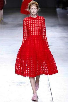 Simone Rocha Autumn/Winter 2014-15 Ready-To-Wear #LFW #LondonFashionWeek