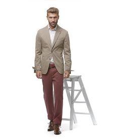 La giacca decostruita è un punto fermo del guardaroba maschile adatta ad  ogni occasione ed estremamente confortevole f52fc887616