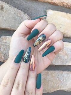 Champagne matte nails with gold foil - Nägel kunst - Uñas Best Acrylic Nails, Acrylic Nail Designs, Nail Art Designs, Nails Design, Autumn Nails Acrylic, Cheetah Nail Designs, Fall Gel Nails, Acrylic Art, Cute Nails
