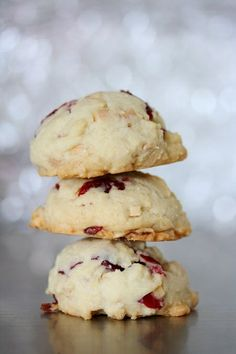 Cranberry Almond Cookies...even better with an orange glaze!   | Holiday-Christmas Desserts