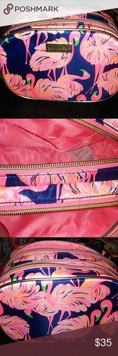 Lily pulitzer dble zip makeup bag Resort navy flamingo dble zip never used lily pulitzer Bags Cosmetic Bags & Cases Cosmetic Bag, Flamingo, Lily Pulitzer, Pink Blue, Fashion Shoes, Cases, Cosmetics, Navy, Zip