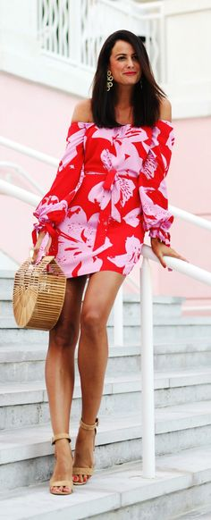 b37c1c1cd7  spring  outfits woman in red and pink floral off-shoulder mini dress.
