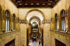 12 Gorgeous Sites New Yorkers Rarely Visit (& How To Get In)  #refinery29  Woolworth Building