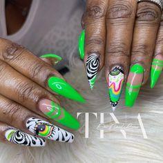 "Tina DaNailBoss 💅🏾♌️ on Instagram: ""It's always the eye.... #vacationnails #baltimorenails #nailpro #handpaint #animalprint #BGDN #nailartist #becreative #nailaddict…"" Hippie Nails, Vacation Nails, Nail Pro, Nail Artist, Hand Painted, Eye, Creative, Beauty, Instagram"