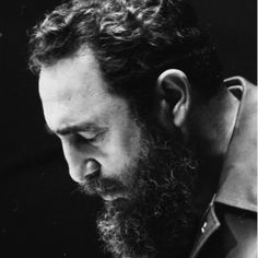 Fidel Castro hace una pausa de reflexión durante su intervención en las Naciones Unidas el 12 de octubre 1979