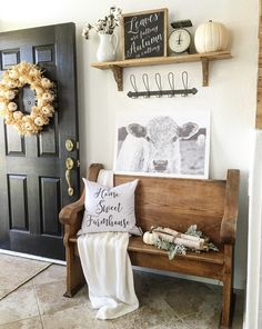 Farmhouse Entryway Decor Ideas 24 18 Elegant Ways to Give Your Entryway Farmhouse Style the Cottage Market 8 Country Decor, Rustic Decor, Country Style, Rustic Backdrop, Rustic Chair, Country Interior, Rustic Curtains, Rustic Theme, Rustic Outdoor