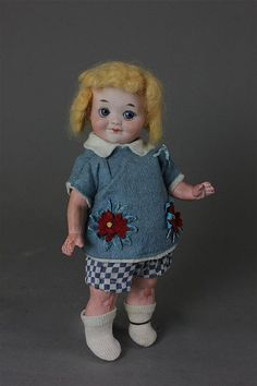 """8""""AM 323 BISQUE HEAD GOOGLY TODDLER - by Apple Tree Auction Center"""