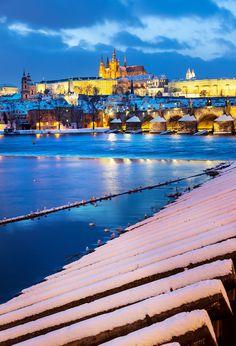 Charles bridge and Prague castle, Czech Republic Charles Bridge, Prague Castle, Prague Winter, Prague Czech Republic, Travel Around Europe, River, Activities, Explore, Mansions