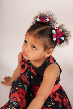 This clip was made the match Gabriella's delightful dress.  She is so beautiful in her matching outfit.  Contact us for bespoke service.