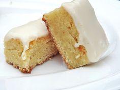Southern Girl. City Swirl.: Vanilla Cake Bites