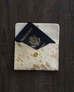 Passport Clutch - Gold