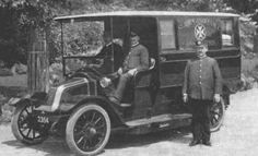 On the 25th October 1910, Melbourne's Ambulance Service still operated by Fiske Brothers under contract with St John Ambulance purchased it's first motorised Ambulance, a 2 cylinder 10-14 horsepower Renault.