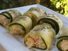 ROLLOS DE CALABACÍN   RELLENOS DE SALMÓN            Aprobecha el precio del calabacín y prepara este plato sencillo  y buenísimo       ...