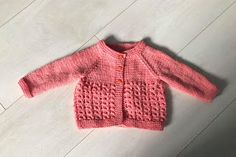 Simple stylish knitting & crochet patterns from a popular independent designer. Baby Knitting Free, Baby Cardigan Knitting Pattern Free, Baby Booties Free Pattern, Baby Boy Knitting Patterns, Crochet Baby Booties, Baby Patterns, Crochet Hats, Cardigan Pattern, Jackets