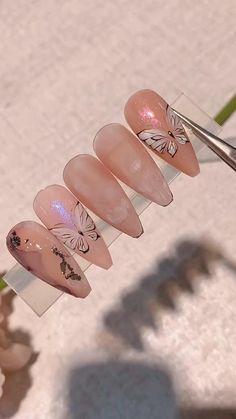 3d Acrylic Nails, Acrylic Nail Designs, Art Nails, Nail Art Designs Videos, Nail Design Video, Butterfly Nail Art, Flower Nail Art, Beautiful Nail Designs, Cool Nail Designs