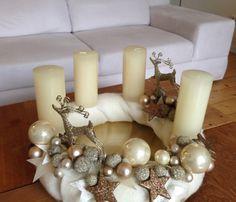 Stilvoll u. klassisch in creme-gold - Adventskranz von Floravisionen - Anja Klinkert auf DaWanda.com