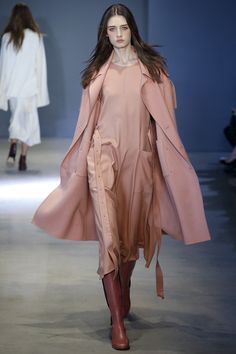 Tibi Fall 2016 Ready-to-Wear Collection Photos - Vogue