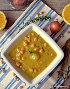 Ρεβυθάδα με πορτοκάλι, μουστάρδα, δεντρολίβανο κ κοκκάρια - Chickpea orange pearl onion stew Greek Recipes, Vegan Recipes, Cooking Recipes, Stew, Onion, Nutrition, Ethnic Recipes, Chickpeas, Food