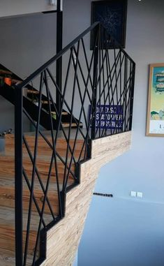 Home Stairs Design, Interior Stairs, House Design, Balustrade Design, Diy Outdoor Furniture, House Stairs, House Entrance, Stair Railing, Stairways
