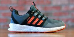 The adidas Originals SL Loop Runner Is Back For The Fall With This Earth-Toned Colorway