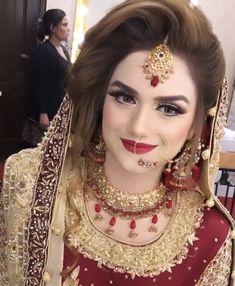 Pakistani Bridal Makeup Hairstyles, Pakistani Wedding Outfits, Bridal Hairstyles, Bridal Makeup Looks, Bridal Beauty, Bridal Looks, Bridal Photoshoot, Bridal Pics, Bridal Mehndi Dresses