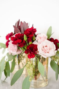 Pink roses, red carn