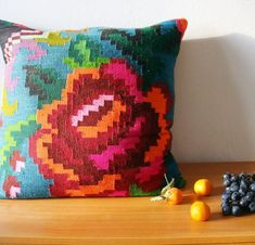 traditional romanian pillow covers - Home Decorating Trends - Homedit Kilim Pillows, Throw Pillows, Owl Pillows, Burlap Pillows, Cushion Covers, Pillow Covers, Diy Bathroom Decor, Bathroom Designs, Bathroom Renovations