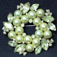 Eisenberg Ice Wreath Brooch Pin Pearl Rhinestone Faceted Pronged Christmas Holiday Wedding.