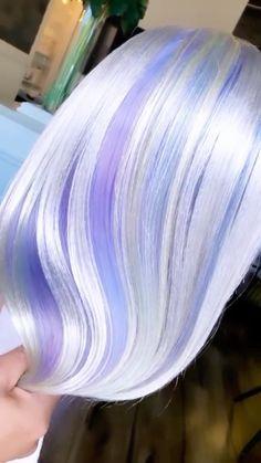 Light Purple Hair, Hair Color Purple, Bright Hair, Cool Hair Color, Lavender Grey Hair, Gray Hair Highlights, Creative Hair Color, Haircut And Color, Aesthetic Hair