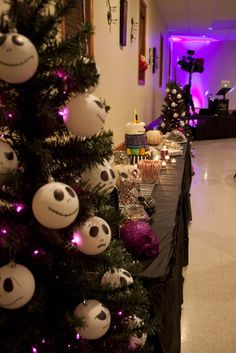 emmas nightmare before christmas sweet 16 christmas birthday party halloween birthday christmas party themes - Nightmare Before Christmas Party Theme