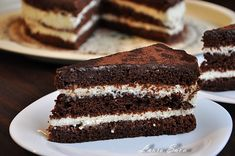 Brownie cake with cream cheese - Laura sava Romanian Desserts, Delicious Desserts, Dessert Recipes, Brownie Cake, Cake With Cream Cheese, Something Sweet, Tiramisu, Mousse, Sweet Treats