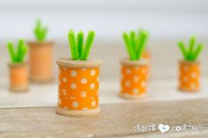 Ready for a fast washi tape Easter craft? Good, 'cuz this DIY decor only takes 5 minutes! Make washi tape thread spool carrots in no time! Easter Projects, Easter Crafts For Kids, Easter Decor, Easter Ideas, Spring Crafts, Holiday Crafts, Wooden Spool Crafts, Wooden Spools, Washi Tape Crafts