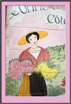 Colours & Patterns of Provence > Flowershop Tile Mosaic