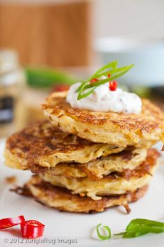 I wish I had these right now.http://junglefrog-cooking.com/potato-cakes-and-cooking-club-6/