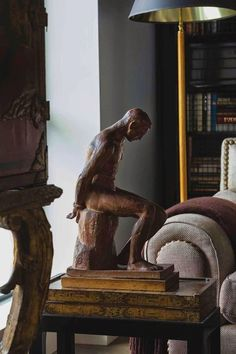 Vaughn Miller, Interior Decorating, Interior Design, Vintage Interiors, Decoration, Timeless Elegance, Vignettes, Interior Inspiration, Home Accessories