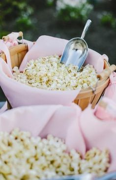 New wedding reception food display bridesmaid gifts ideas Diy Wedding Cake, Wedding Cake Designs, Free Wedding, Trendy Wedding, Wedding Gifts, Perfect Wedding, Rustic Wedding, Small Wedding Receptions, Wedding Reception Decorations