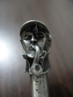 Sabor de Tabaco: Sherlock Holmes Pewter Tamper - Peterson of Dublin