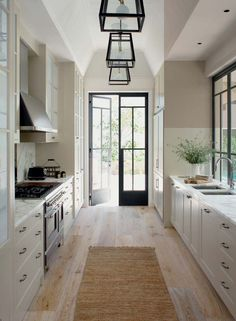 Best Galley Kitchen Design Ideas foor this year Part 5 ; galley kitchen with island; galley kitchen remodel before and after; Interior Modern, Home Interior, Interior Design Living Room, Living Room Designs, Interior Doors, French Interior Design, Interior Rendering, Interior Livingroom, Interior Trim