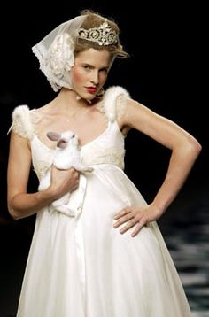 VICTORIO & LUCCHINO. Girls Dresses, Flower Girl Dresses, Affair, Bride, Princess, Wedding Dresses, Fashion, Templates, Dress Girl