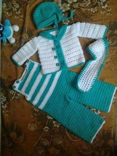 Mejores 94 imágenes de ropa de bebé en Pinterest  1498c666436
