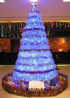plastic bottle christmas tree