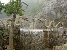 Mianshan Mountain Temples, China     Breathing life into the dragon, our Inner Self