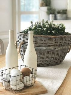Five (Easy!) Farmhouse-Style Spring Decorating Ideas