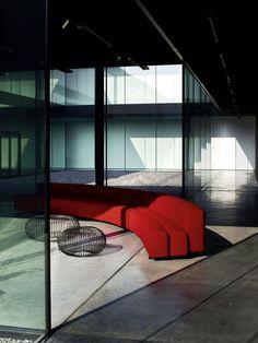 Photo de canapé d'angle rouge → touslescanapes.com