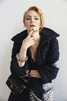 Вязаное пальто Ренаты Литвиновой