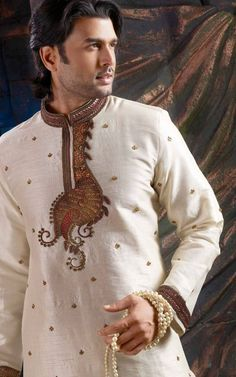 Latest Salwar Kameez Designs for Pakistani Men, Many designers have launched new salwar kameez collection for these summer which have fascinated. Pakistani Salwar Kameez Designs, Mens Shalwar Kameez, Latest Salwar Kameez Designs, Kurta Designs, Dress Designs, Gents Kurta Design, Indian Groom Wear, Indian Suits, African Men Fashion